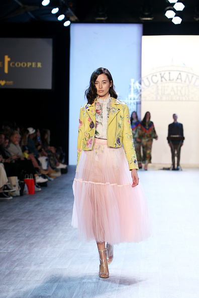 Multi Colored Blouse「Fashion In The Heart Of The City - Runway - New Zealand Fashion Weekend 2019」:写真・画像(1)[壁紙.com]
