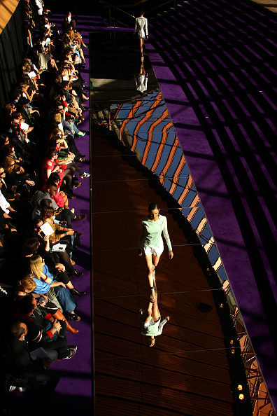 Catwalk - Stage「RAFW S/S 2011/12 - Dion Lee Catwalk」:写真・画像(15)[壁紙.com]