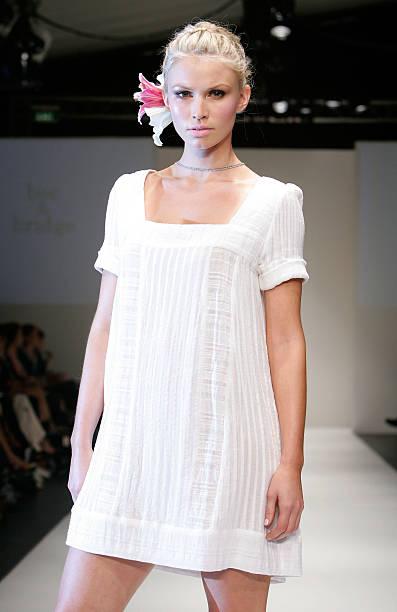 RAFW S/S 2007/08 - Women's Ready To Wear #3 Catwalk:ニュース(壁紙.com)