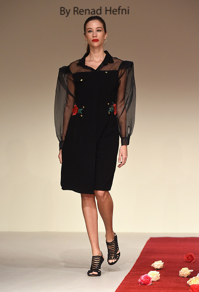 Sheer Fabric「Royaled by RH - Presentation - FFWD October 2017」:写真・画像(19)[壁紙.com]