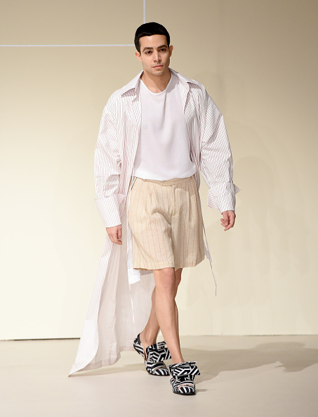 Cream Colored Shorts「Roni Helou Presented by The Starch Foundation - Presentation - FFWD October 2017」:写真・画像(9)[壁紙.com]