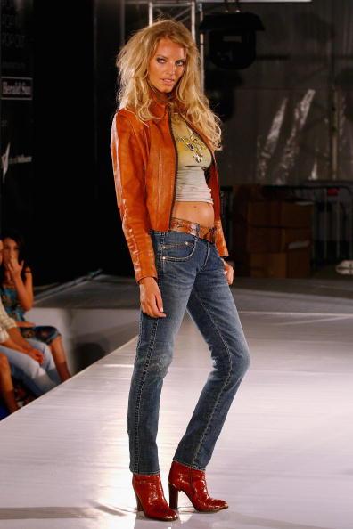 L'Oreal Melbourne Fashion Week「LMFF 2007 - Day 3: Pop Up Pop In Pop Out #4」:写真・画像(6)[壁紙.com]