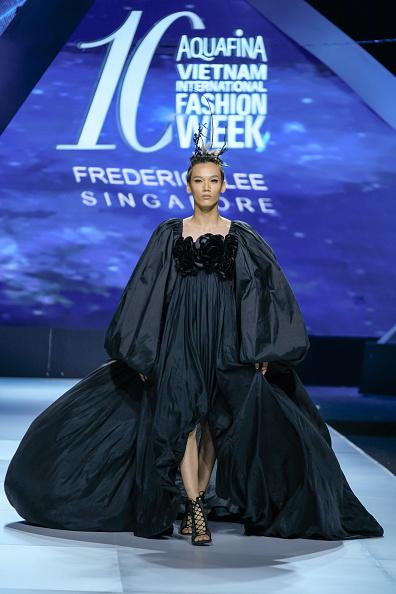 Linh Pham「Vietnam International Fashion Week - Day 1」:写真・画像(14)[壁紙.com]