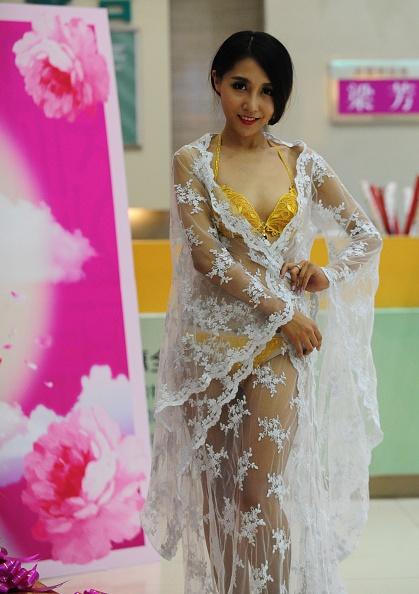 七夕「Underwear In Four Million RMB Shows In Shenyang」:写真・画像(19)[壁紙.com]