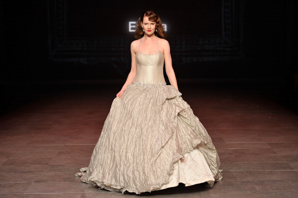 Breast「MBFFS 2011: Runway for Research - Fashion Targets Breast Cancer - Catwalk」:写真・画像(4)[壁紙.com]
