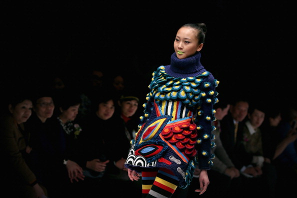 Multi Colored「Mercedes-Benz China Fashion Week Autumn/Winter 2013/2014 - Day 3」:写真・画像(9)[壁紙.com]