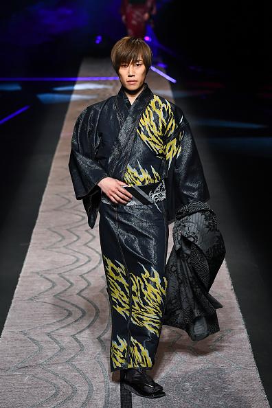 東京「JOTARO SAITO - Runway - Amazon Fashion Week TOKYO 2019 A/W」:写真・画像(9)[壁紙.com]