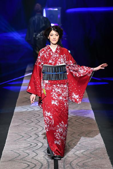 東京「JOTARO SAITO - Runway - Amazon Fashion Week TOKYO 2019 A/W」:写真・画像(10)[壁紙.com]