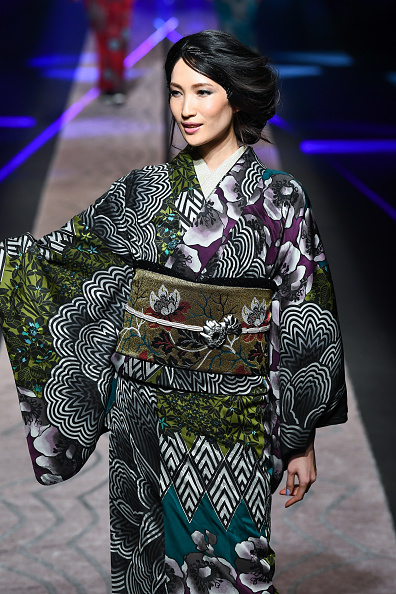 東京「JOTARO SAITO - Runway - Amazon Fashion Week TOKYO 2019 A/W」:写真・画像(14)[壁紙.com]