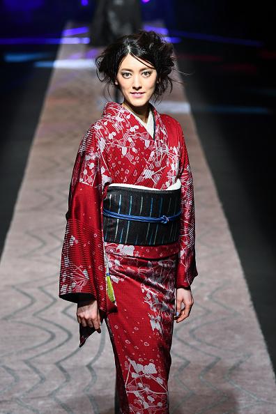 東京「JOTARO SAITO - Runway - Amazon Fashion Week TOKYO 2019 A/W」:写真・画像(8)[壁紙.com]