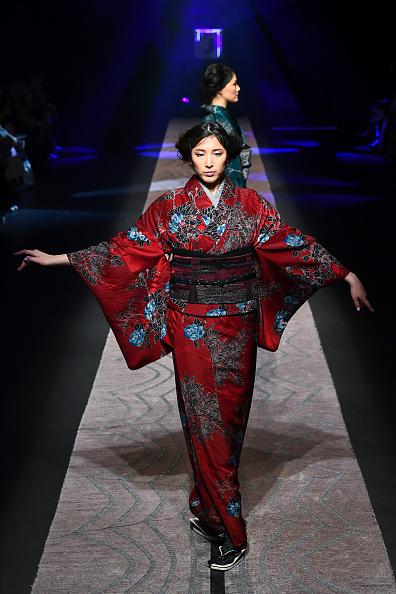 東京「JOTARO SAITO - Runway - Amazon Fashion Week TOKYO 2019 A/W」:写真・画像(11)[壁紙.com]