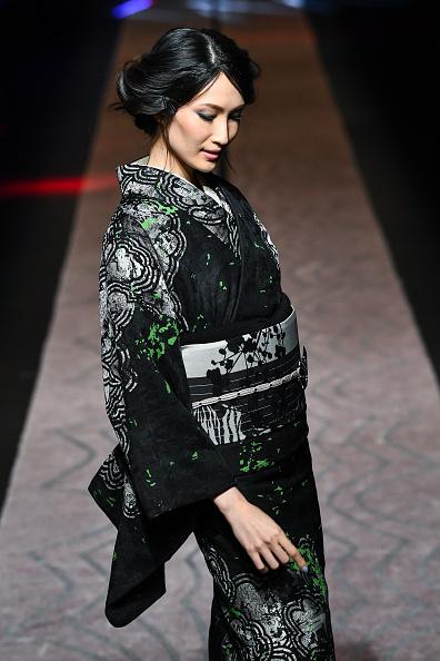 東京「JOTARO SAITO - Runway - Amazon Fashion Week TOKYO 2019 A/W」:写真・画像(16)[壁紙.com]