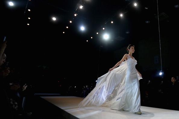 Wedding Dress「Mercedes-Benz China Fashion Week S/S 2014 - Day 3」:写真・画像(3)[壁紙.com]