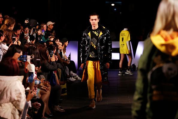 Melbourne Fashion Festival「Melbourne Fashion Week: Street Runway 3 - Chinatown」:写真・画像(6)[壁紙.com]