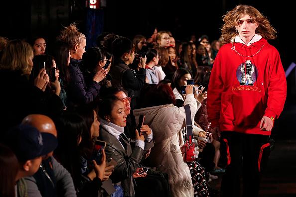 Melbourne Fashion Festival「Melbourne Fashion Week: Street Runway 3 - Chinatown」:写真・画像(9)[壁紙.com]