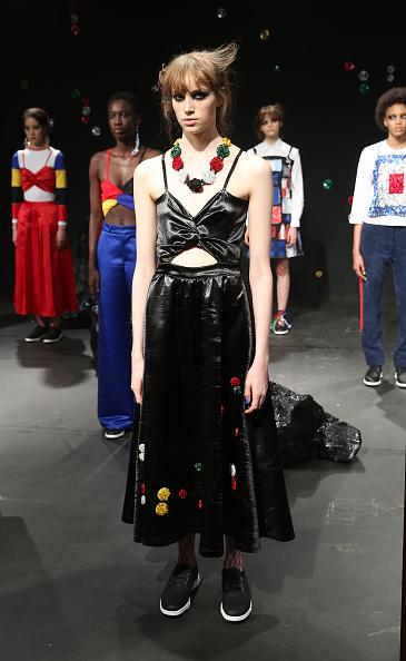 ロンドンファッションウィーク「Sadie Williams - Presentation - LFW September 2016」:写真・画像(2)[壁紙.com]
