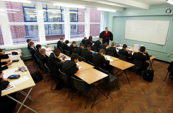 教える「Students Across The UK Return To School For Start Of The Autumn Term  」:写真・画像(18)[壁紙.com]