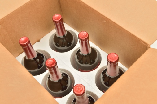 Freight Transportation「Secure shipping of wine bottles in a box」:スマホ壁紙(4)