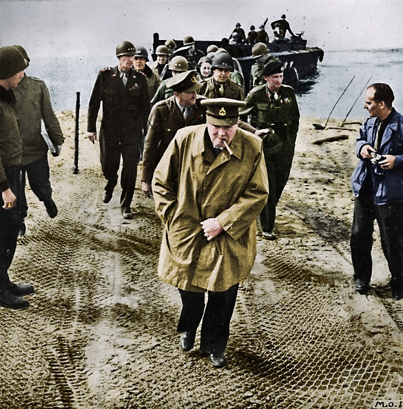 Riverbank「Winston Churchill Across The Rhine Outwards Into Germany! Onwards To Victory!」:写真・画像(13)[壁紙.com]