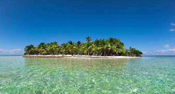Central America「Deserted island panorama」:スマホ壁紙(18)
