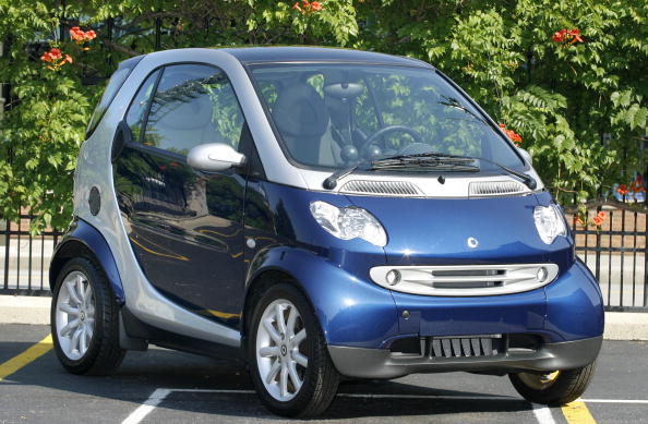 ダイムラーAG「DaimlerChrysler To Bring Smart Car To U.S. in 2007」:写真・画像(3)[壁紙.com]