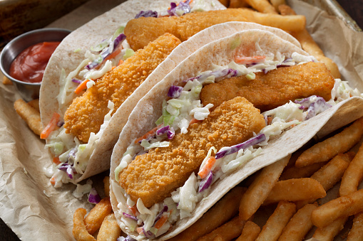 Pollock - Fish「Crispy Fish Stick Tacos with Creamy Coleslaw, Fries and Spicy Mayo」:スマホ壁紙(3)