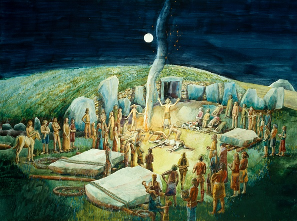 Astronomy「Neolithic Ceremony At West Kennet Long Barrow」:写真・画像(4)[壁紙.com]