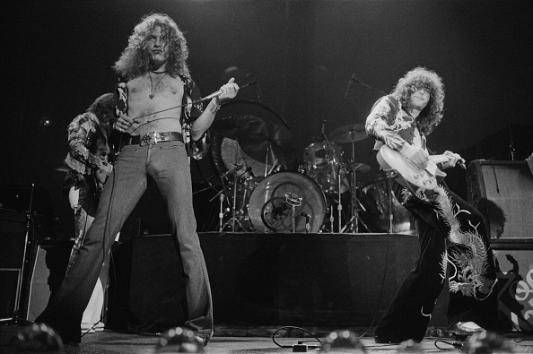 1975年「Led Zeppelin At Earl's Court」:写真・画像(1)[壁紙.com]