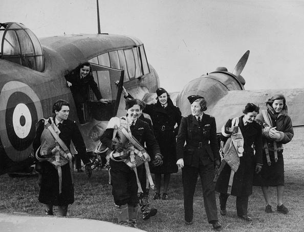 Transportation「Women Pilots Of The A.T.A.」:写真・画像(2)[壁紙.com]