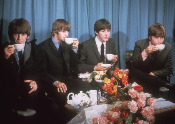 Drinking「Mop Tops Take Tea」:写真・画像(15)[壁紙.com]