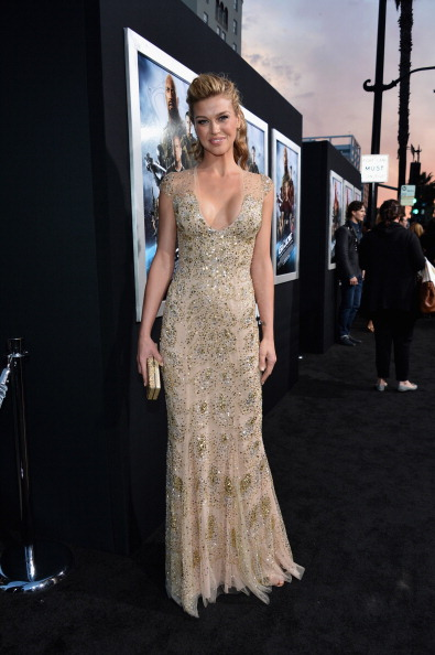 "Nude Colored Dress「Premiere Of Paramount Pictures' ""G.I. Joe: Retaliation"" - Red Carpet」:写真・画像(12)[壁紙.com]"