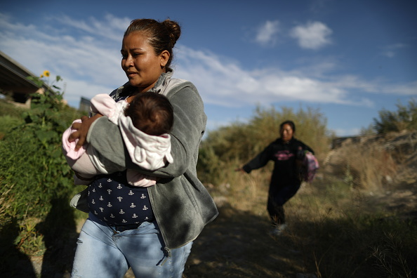 Mexico「Swelling Numbers Of Migrants Overwhelm Southern Border Crossings」:写真・画像(3)[壁紙.com]