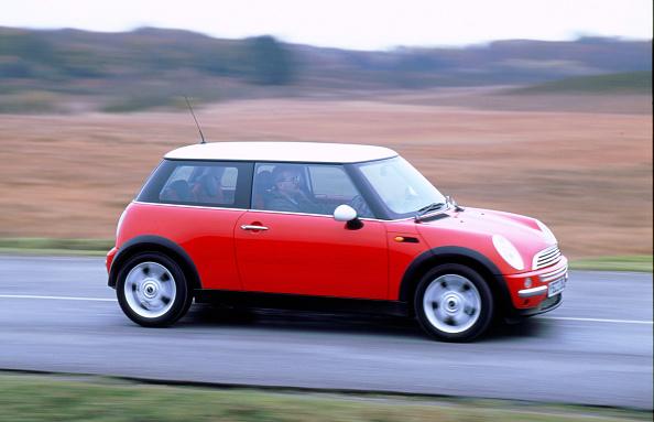 Country Road「2001 Mini Cooper」:写真・画像(5)[壁紙.com]