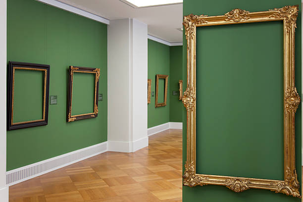 golden vintage baroque frame 18th century - place your picture:スマホ壁紙(壁紙.com)