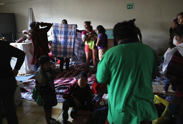 Baja California Peninsula「Migrant Caravan Traveling Through Mexico Nears U.S.」:写真・画像(8)[壁紙.com]