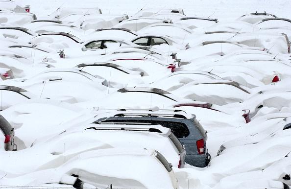 Snow「Major Blizzard Paralyzes Denver Area」:写真・画像(15)[壁紙.com]