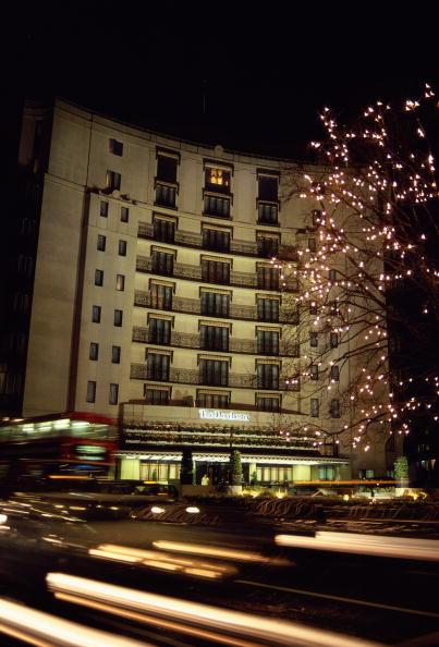 Tom Stoddart Archive「Dorchester Hotel」:写真・画像(18)[壁紙.com]