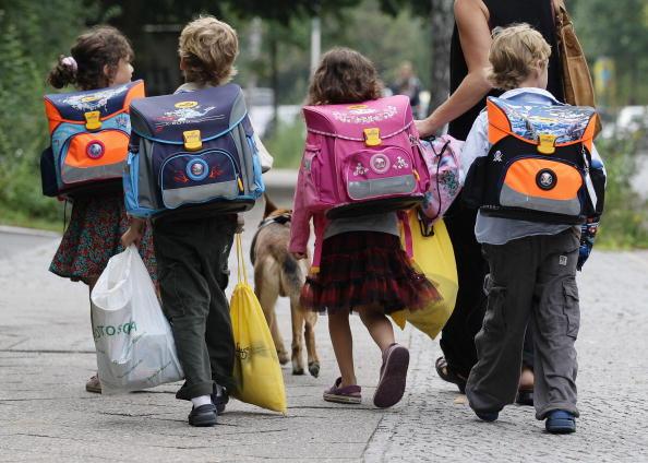 Child「Berlin School Year Begins」:写真・画像(12)[壁紙.com]