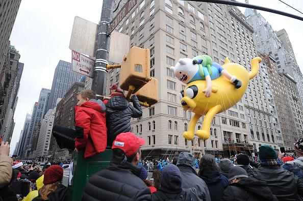 Land Vehicle「88th Annual Macy's Thanksgiving Day」:写真・画像(3)[壁紙.com]