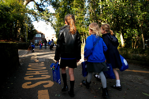UK「Schools Shut Indefinitely For Most UK Children Due To Coronavirus」:写真・画像(18)[壁紙.com]