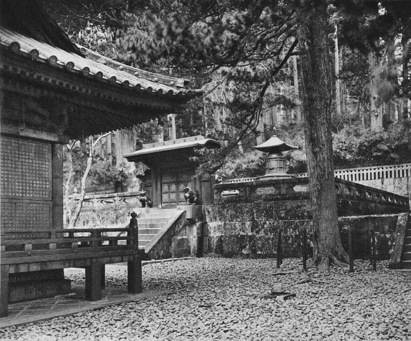 Mausoleum「'The Tomb of Ieyasu, Founder of the Tokugawa Dynasty, at Nikko', 1926」:写真・画像(6)[壁紙.com]