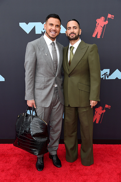 Oversized Purse「2019 MTV Video Music Awards - Arrivals」:写真・画像(5)[壁紙.com]