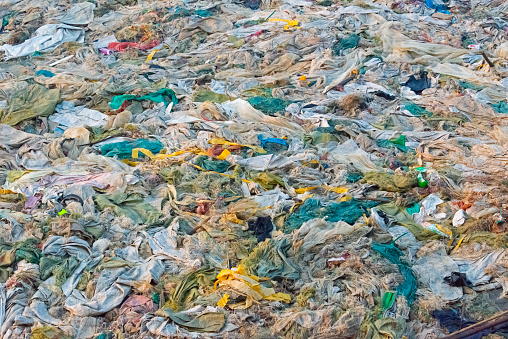 Ugliness「Piled up garbage on the beach of Kaladan River」:スマホ壁紙(12)