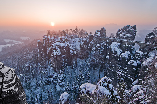 Saxony「The Bastei in winter」:スマホ壁紙(8)