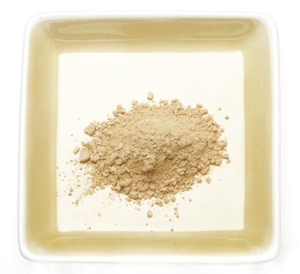 Spice「Ground Ginger on Plate」:スマホ壁紙(1)