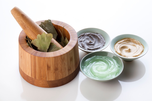 Aloe「Facial care products with mortar-grinder and ginkgo leaves」:スマホ壁紙(17)