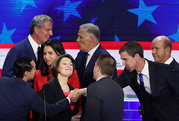 Presidential Candidate「Democratic Presidential Candidates Participate In First Debate Of 2020 Election Over Two Nights」:写真・画像(3)[壁紙.com]