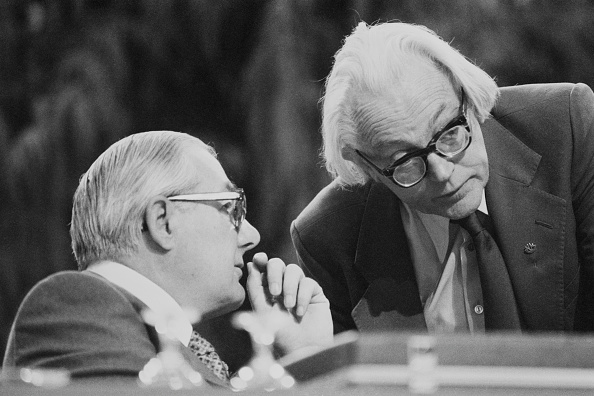 Two People「Labour Party Conference, 1979」:写真・画像(4)[壁紙.com]