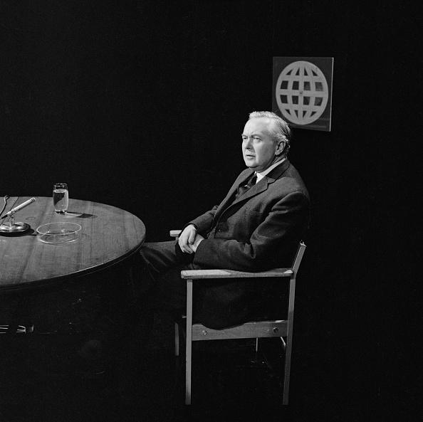 Terry Disney「Harold Wilson on BBC」:写真・画像(18)[壁紙.com]