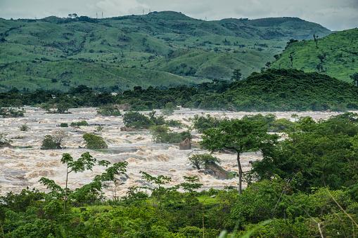 コンゴ民主共和国「リビングストン滝川下流でコンゴのインガ急流」:スマホ壁紙(8)